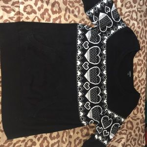 Graphic sweater with pockets